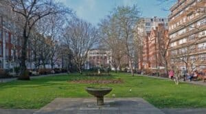 phot0 of Queen Square by Julian Osley