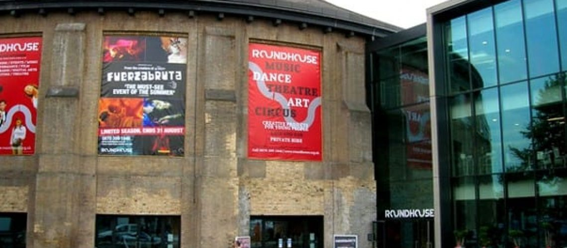 Roundhouse in 2010, (c) R Sones, CC BY-SA 2.0
